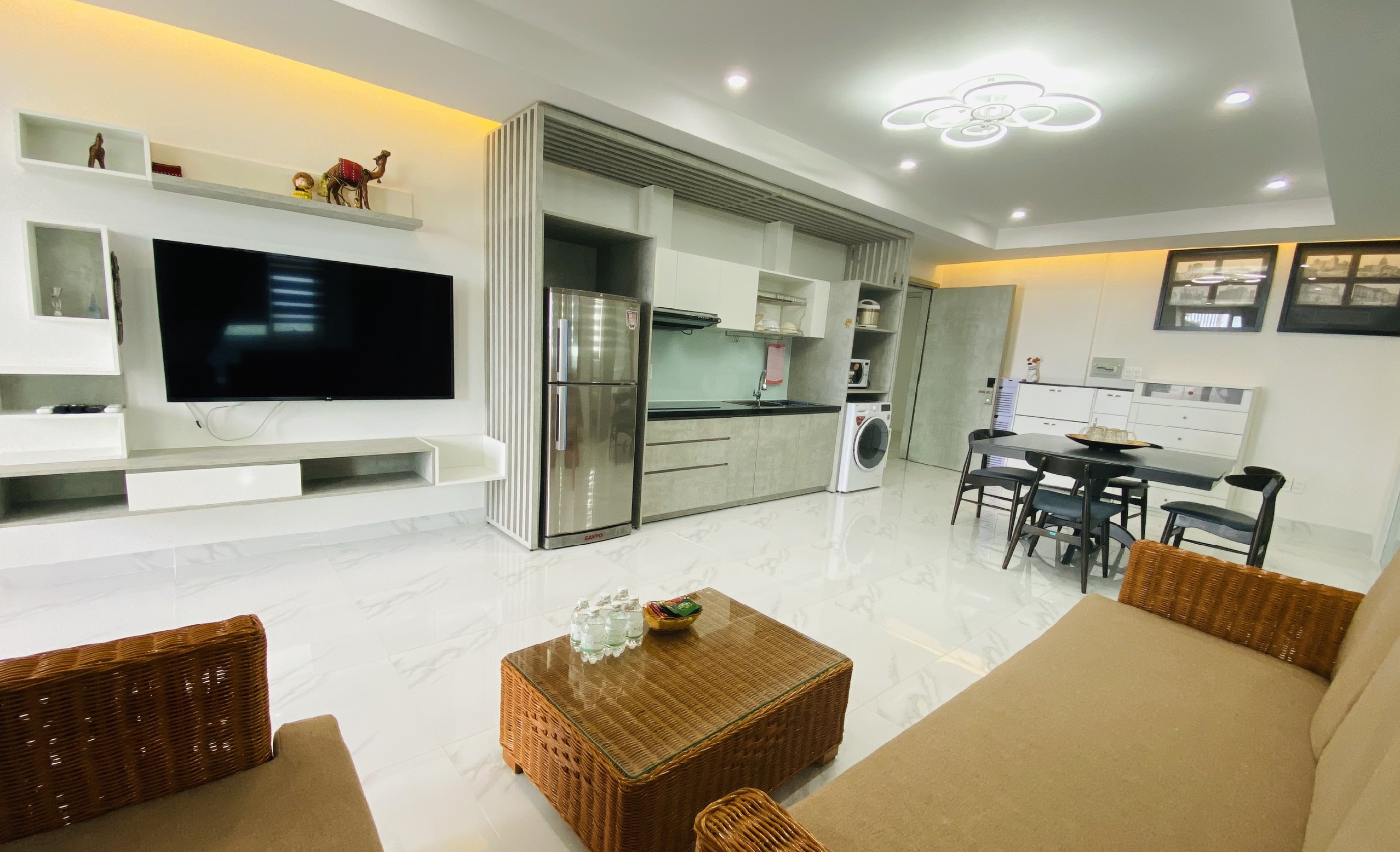 For Sale in Muong Thanh Khanh Hoa – 3br Condo Corner & Sea View S013